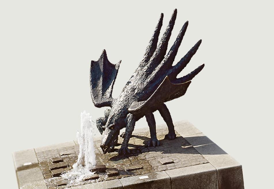 Atelier Bohrmann-Roth - Drache - Marktplatz am Richtsberg, Marburg - Bronze Höhe 160 cm 1996